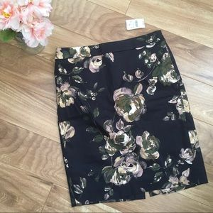 NWT J Crew Floral Number 2 Pencil Skirt Size 2